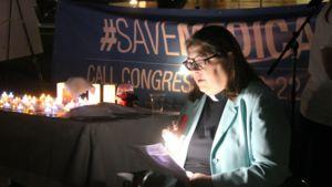 Cynthia Abrams Leads Health care Prayer Vigil