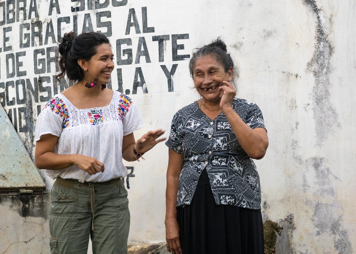 Dorothy Wetzel El Salvador women photo 5