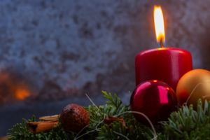Advent wreath one candle lit