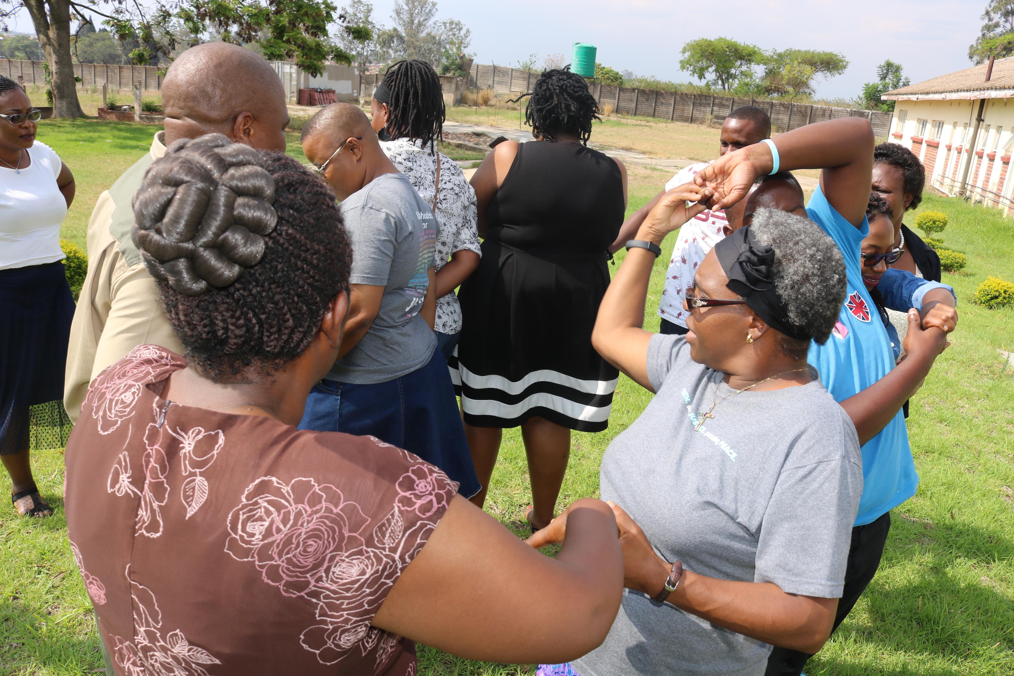 Zimbabwe - human chain v2