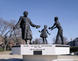 Memorial statue to Mary McLeod in Washington, D.C.